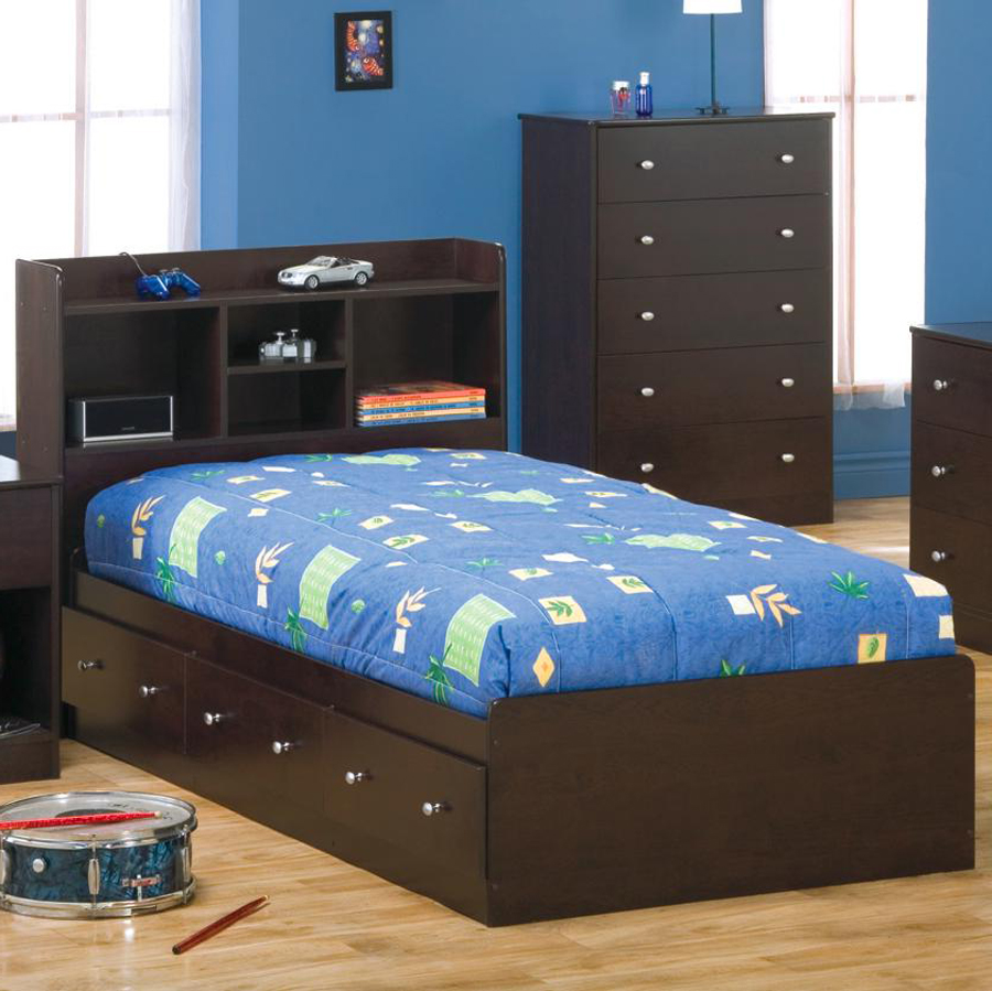 Payton Box Bed