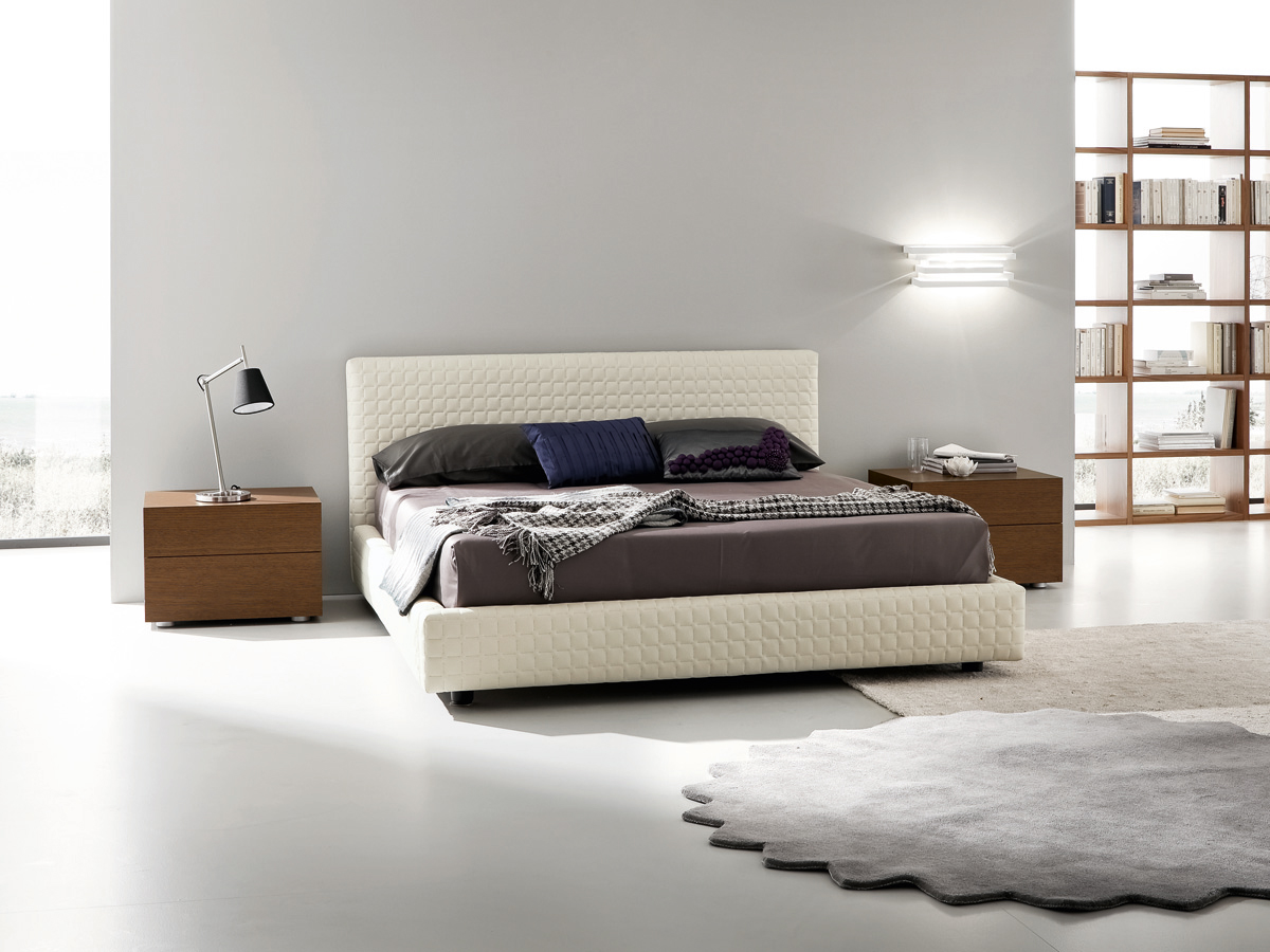 Paltrow Leather Platform Bed