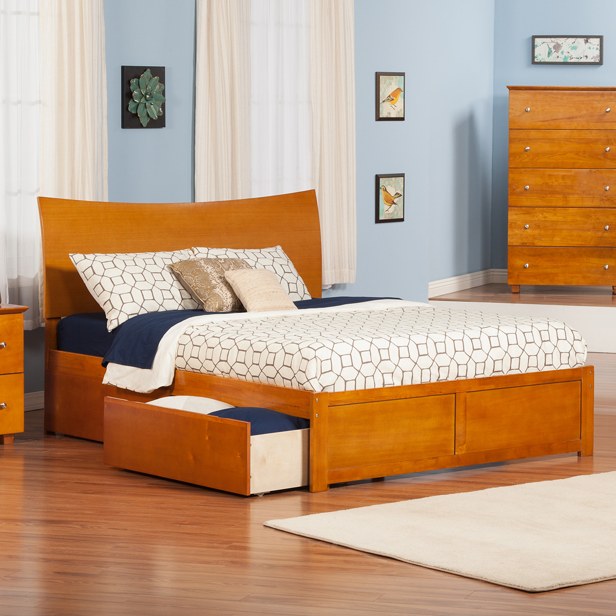 Soho Platform Bed - Flat Panel Footboard Soho Platform Bed - Flat Panel Footboard