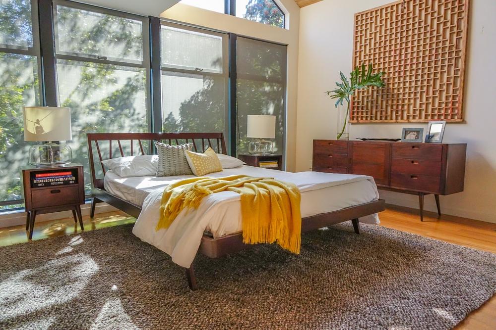 bd furniture and decor.htm fifties platform bed  fifties platform bed