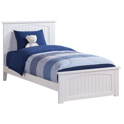 Nantucket Traditional Bed with Matching Footboard - White Nantucket Traditional Bed with Matching Footboard - White