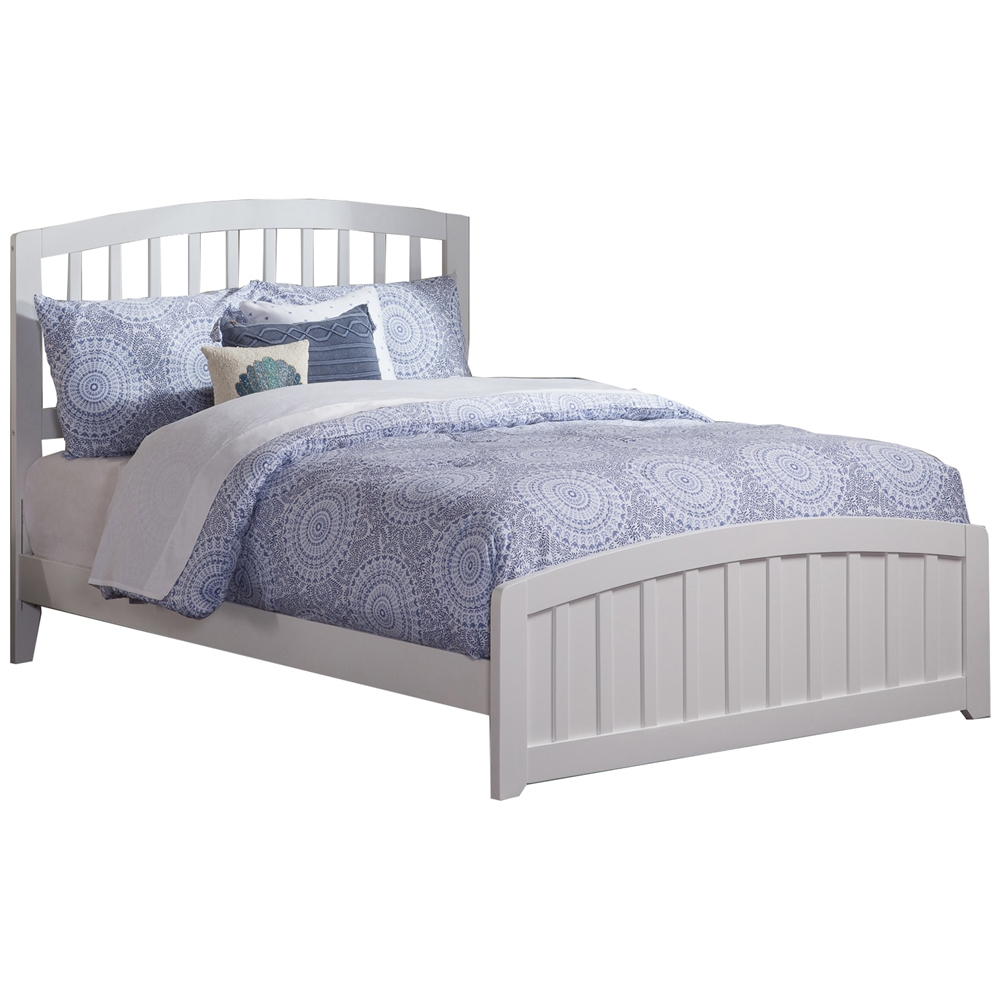Richmond Traditional Bed with Matching Footboard - White