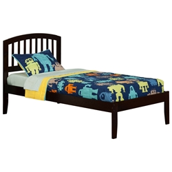 Richmond Traditional Bed with Open Footrails - Espresso Richmond Traditional Bed with Open Footrails - Espresso