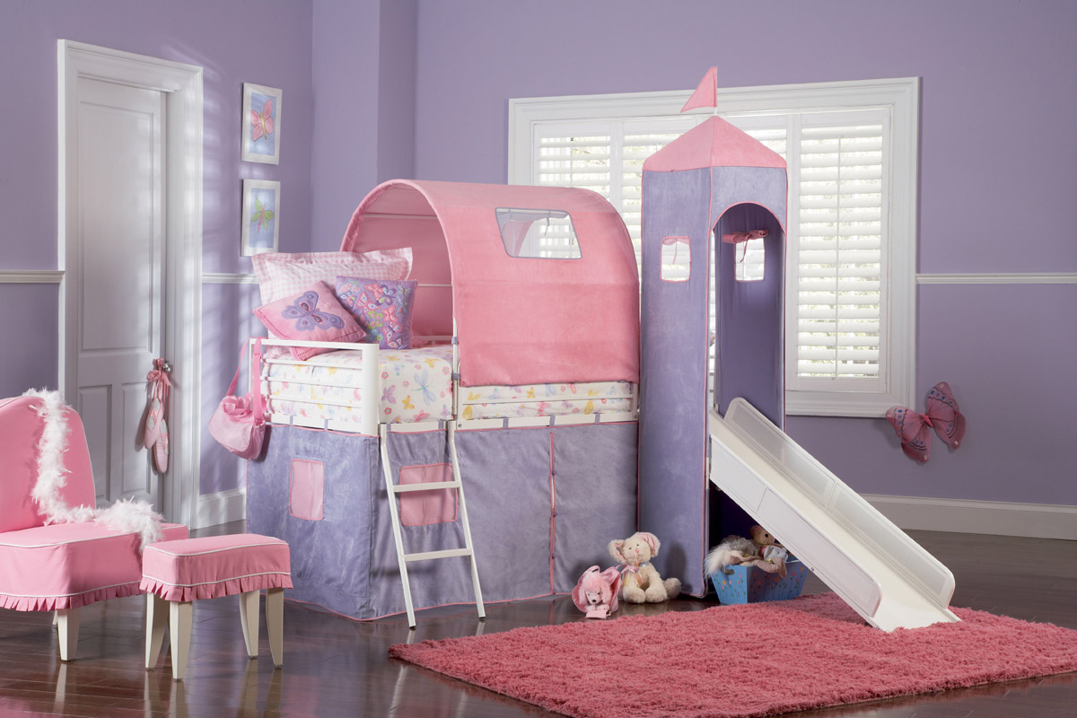 The Madeleine Princess bunk bed for kids includes a tent