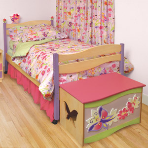 Mystic Garden Girls Twin Platform Bed Your little girl with feel the warmth of nature in no time with the Mystic Garden Twin Bed.