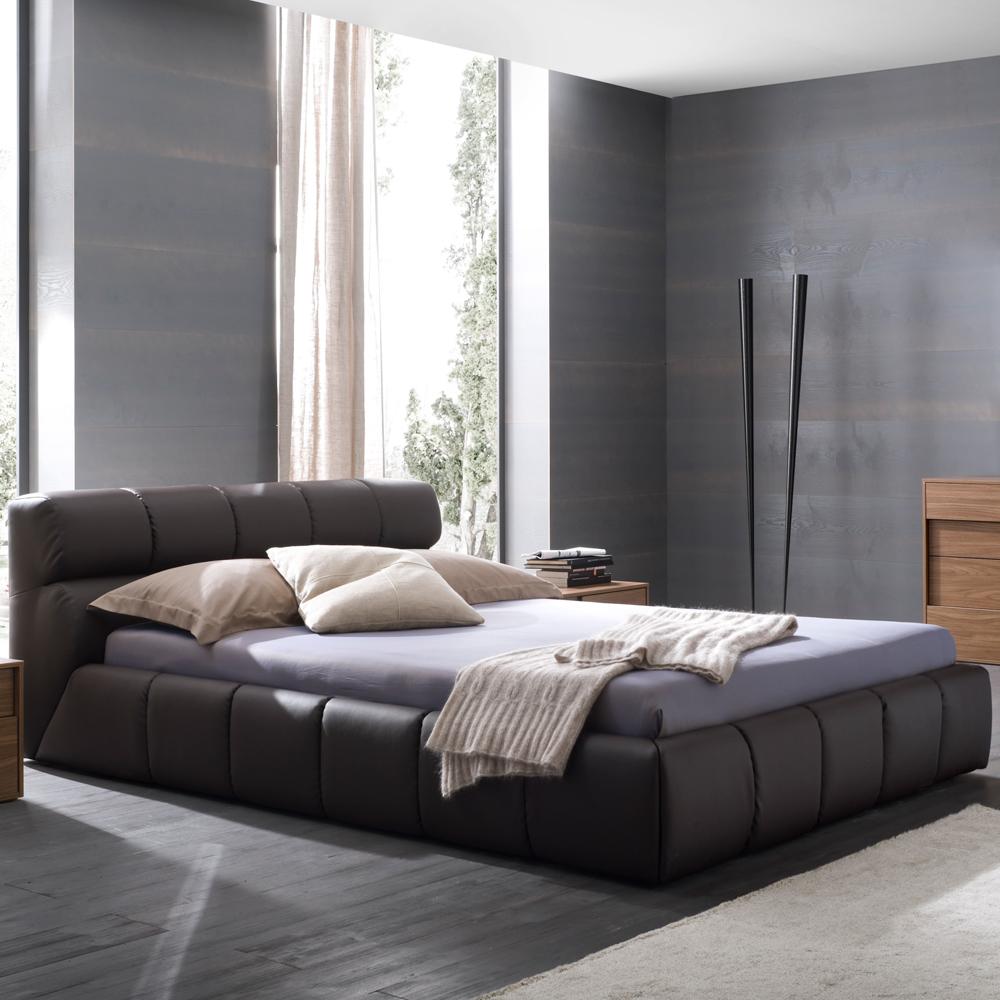 nuvola leather platform bed -