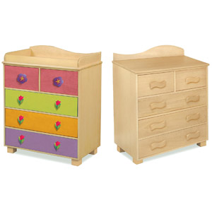 Mystic Garden Dresser Your little girl with feel the warmth of nature in no time with the Mystic Garden Dresser.